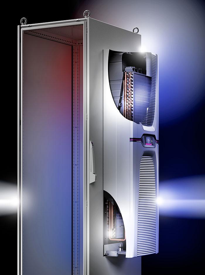 Bei der Schaltschrank-Klimatisierung wurden erstmals zwei bekannte Technologien, nämlich die Heat-Pipe-Technologie sowie die klassische Kältekompression, miteinander kombiniert. Die Hybridlösung setzt bei der Energieeffizienz Maßstäbe.