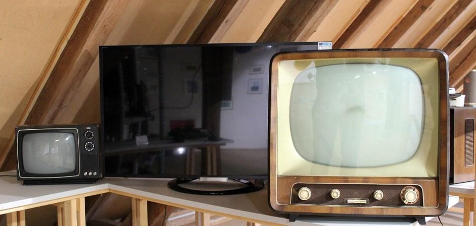 foto cc0 elektrogeräte alt tv