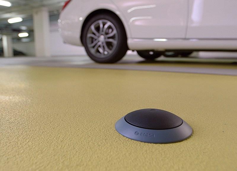 foto bosch sensoren parkplatzsuche