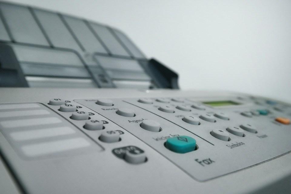 foto cc0 pixabay klausaires fax