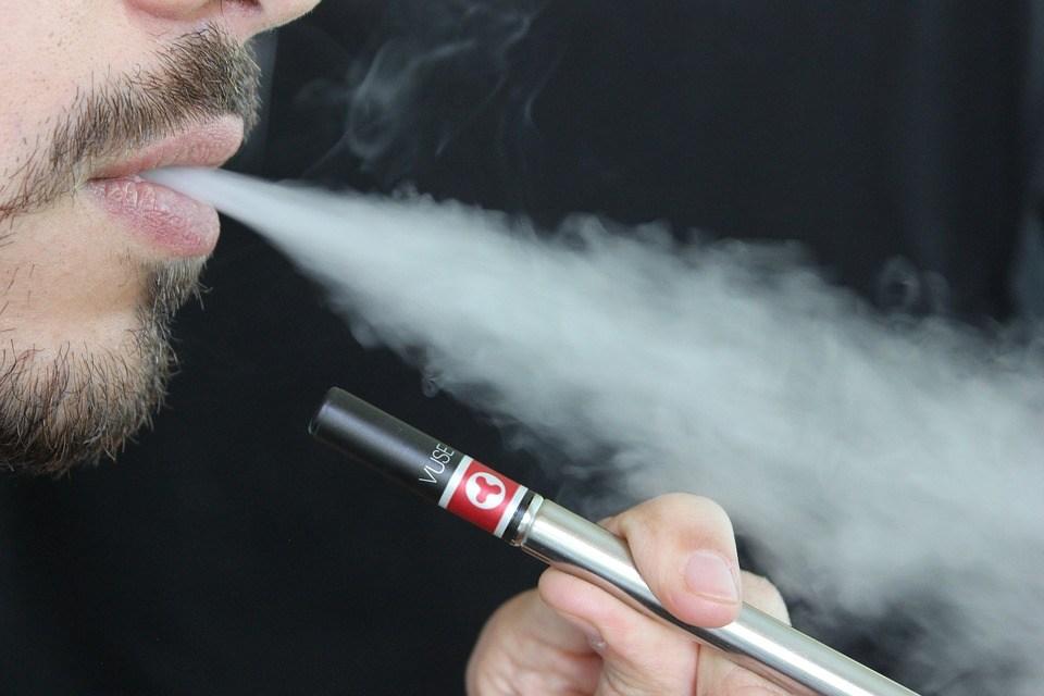 foto cc0 pixabay lindsayfox e-zigarette