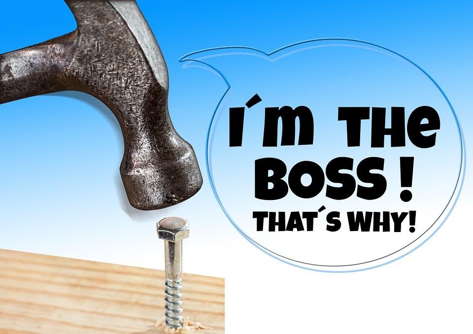 foto cc0 pixabay geralt hammer schraube boss