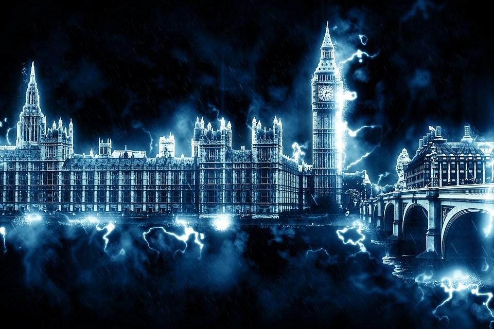foto cc0 pixabay petelinforth westminster dramatisch