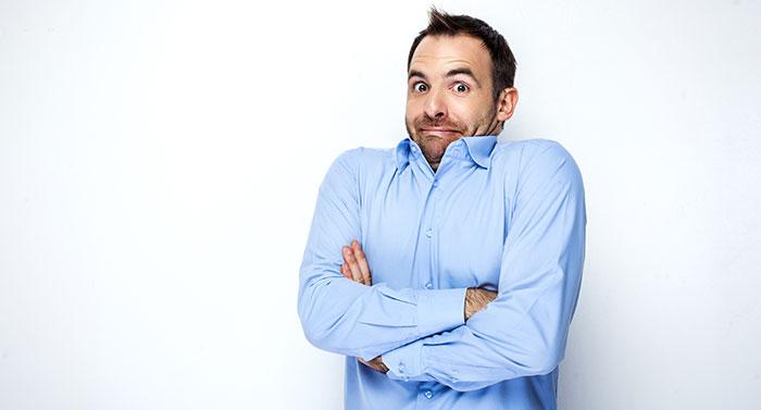 Satire – Zu stolz zum Reden?