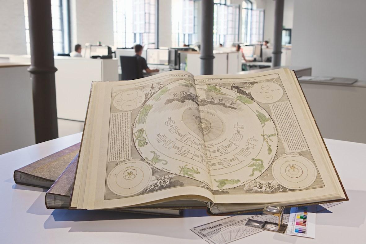 foto fröbus atlas coelestis