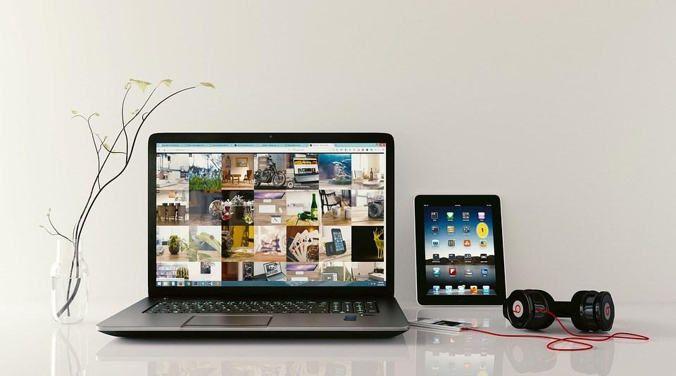 foto cc0 pixabay monoar laptop arbeitsplatz