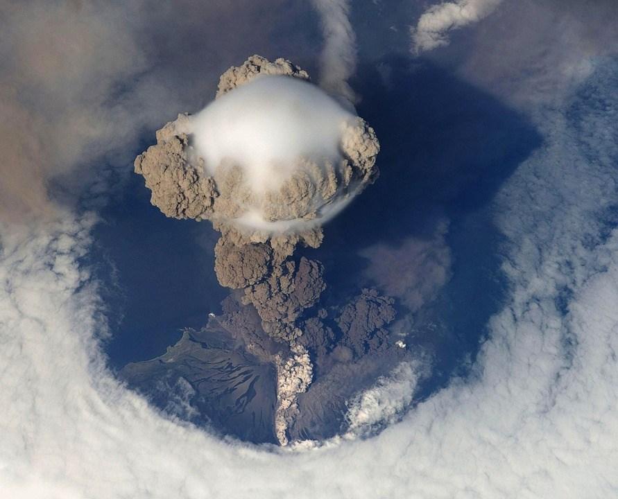 foto cc0 pixabay wikiimages vulkanausbruch