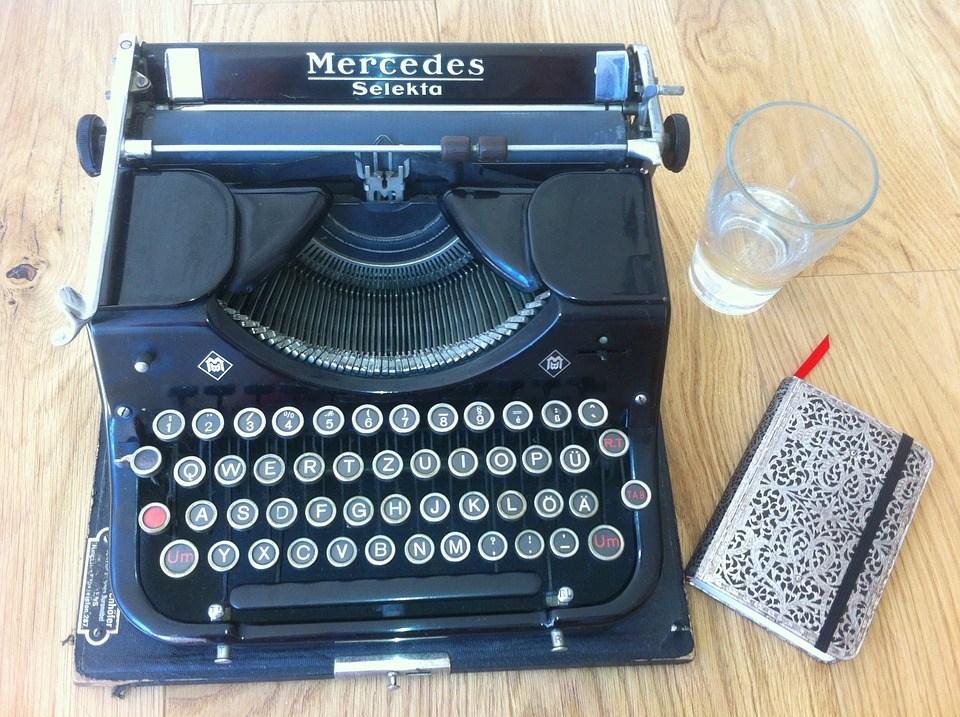 foto cc0 pixabay yourschantz schreibmaschine