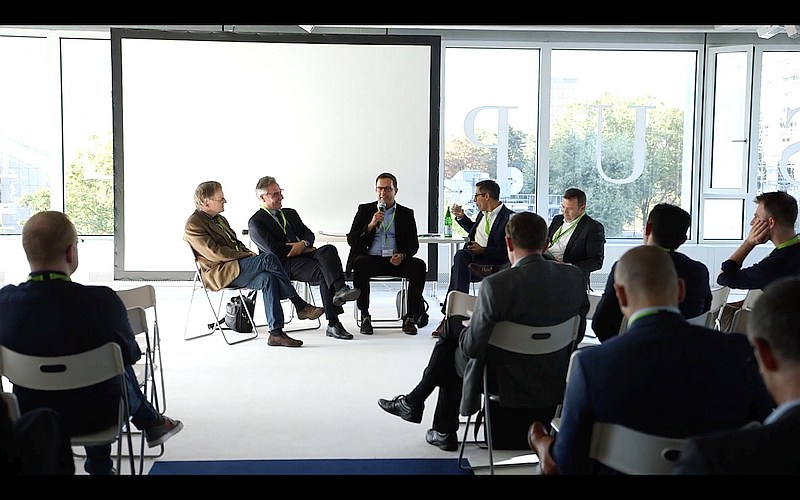 foto-iotcamp_cassini_panel-diskussion
