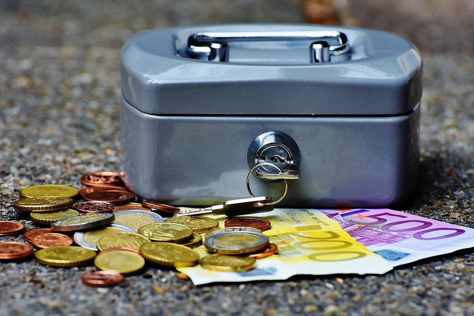foto-cc0-pixabay-alexas_fotos-geld-sicherheit
