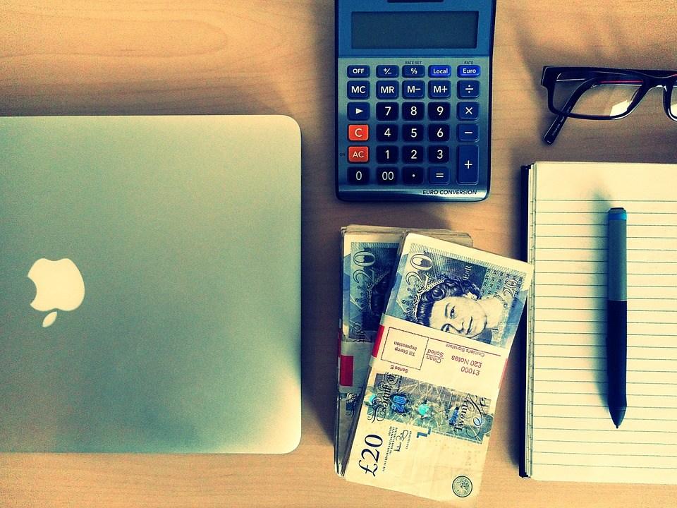 foto-cc0-pixabay-vanmarciano-online-banking