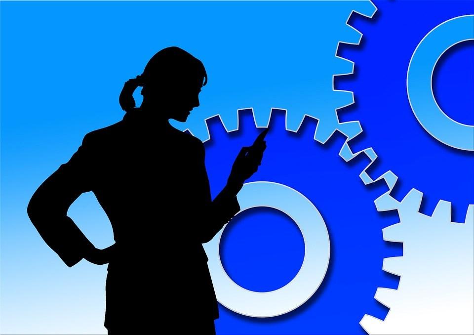 foto cc0 pixabay geralt fachkraft getriebe
