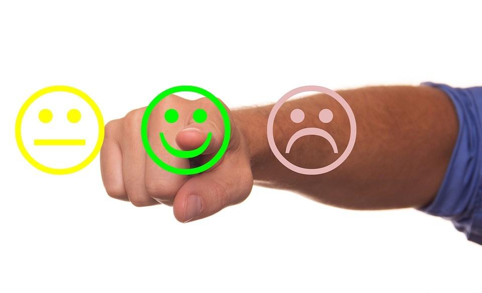 49adc68ef2ca3f Kundenbewertungen sind für Verbraucher das wichtigste  Entscheidungskriterium beim Online-Shopping. Das hat eine repräsentative  Umfrage im Auftrag des ...