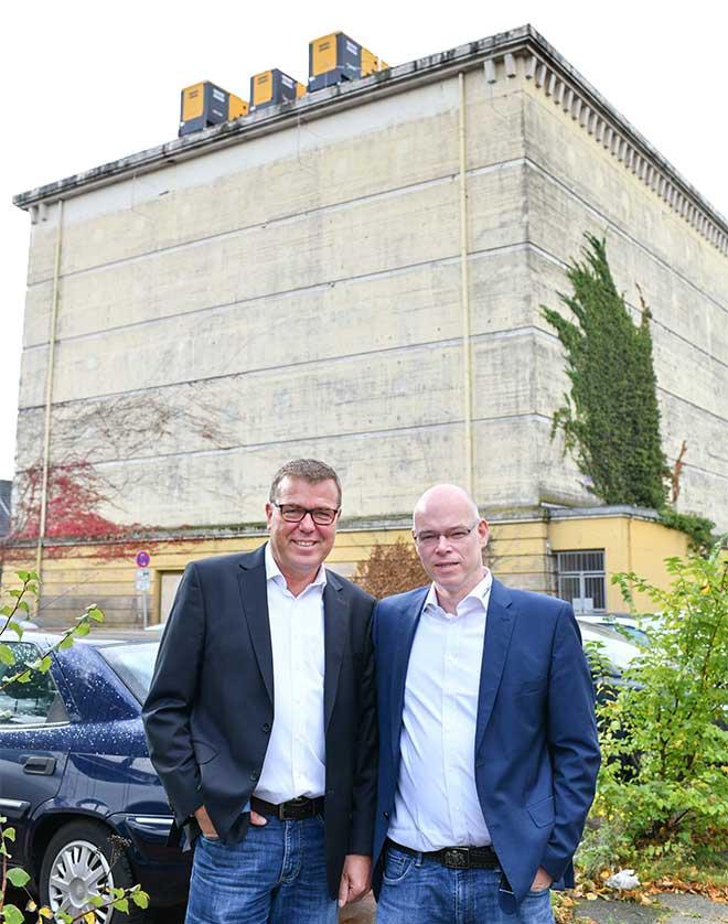 Uwe Jambroszyk, Sales Manager (l.) und Andres Dickehut, CEO von Consultix (r.).